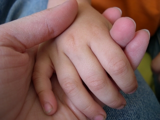 赤ちゃん 夜泣き 原因 対策.JPG